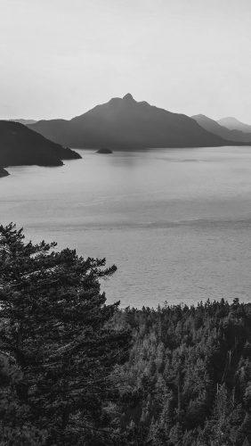 mt75-lake-green-nature-wonderful-blue-summer-day-mountain-bw